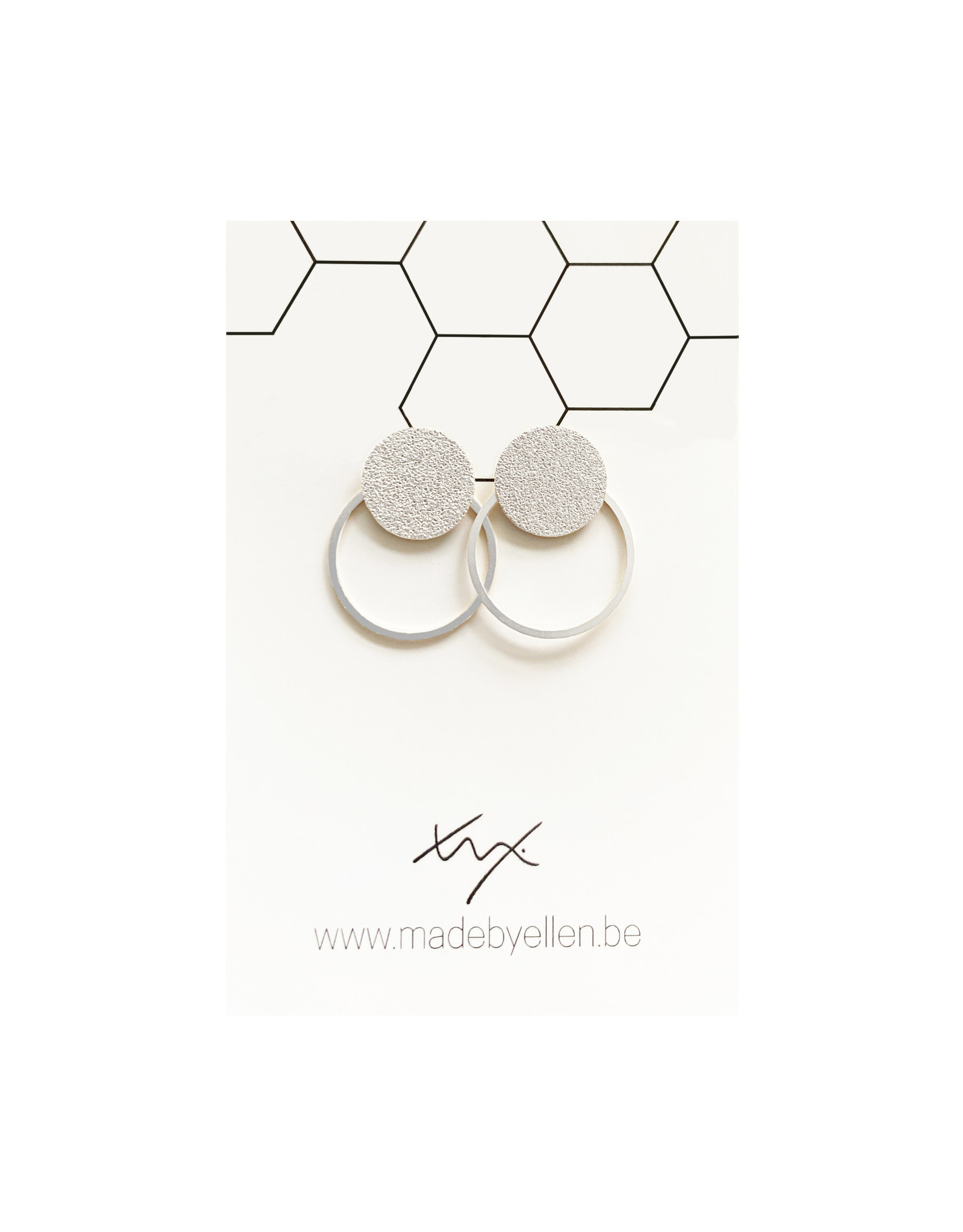 oorbEllen steker mat zilver met ring zilver