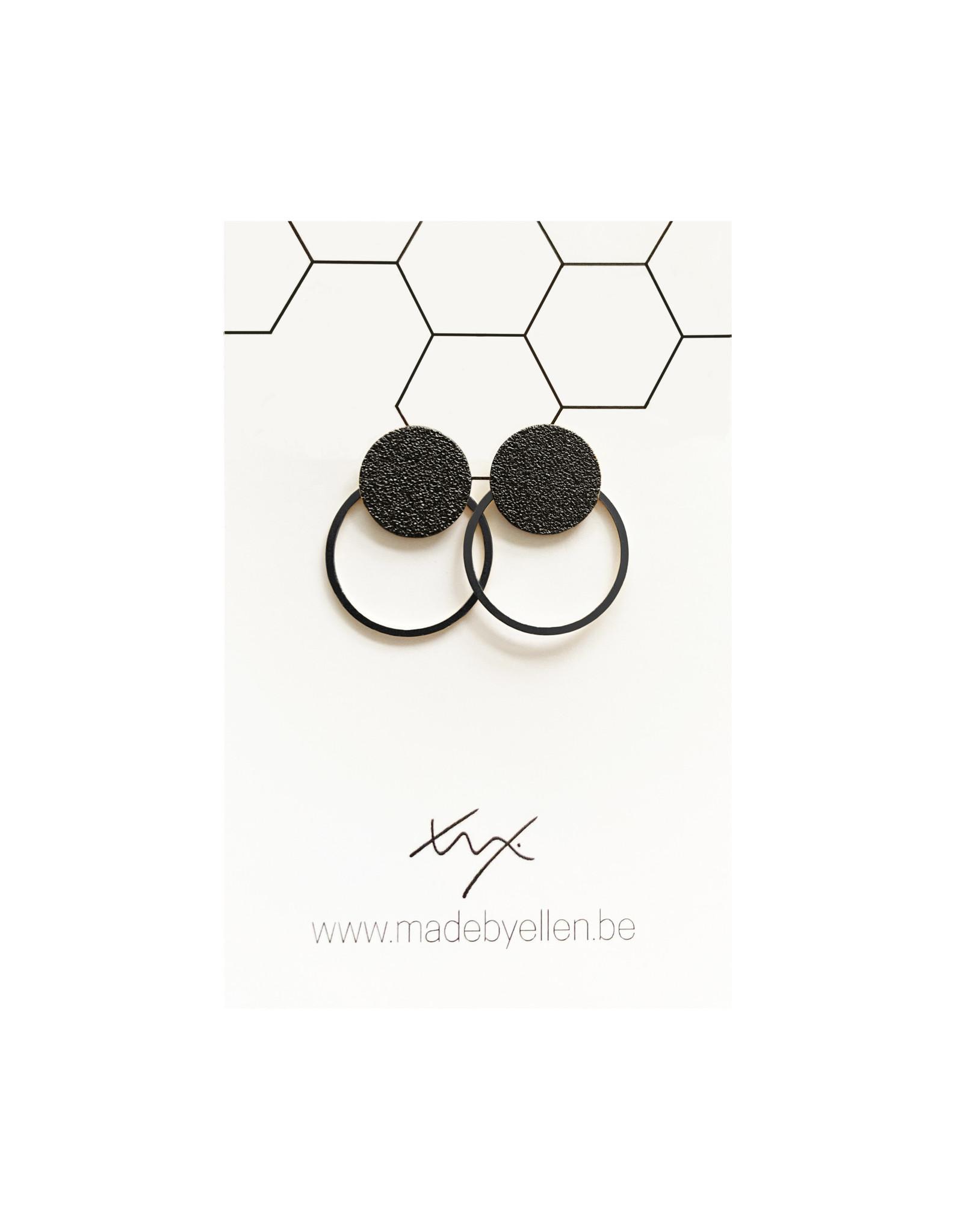 oorbEllen steker mat zwart met ring zwart