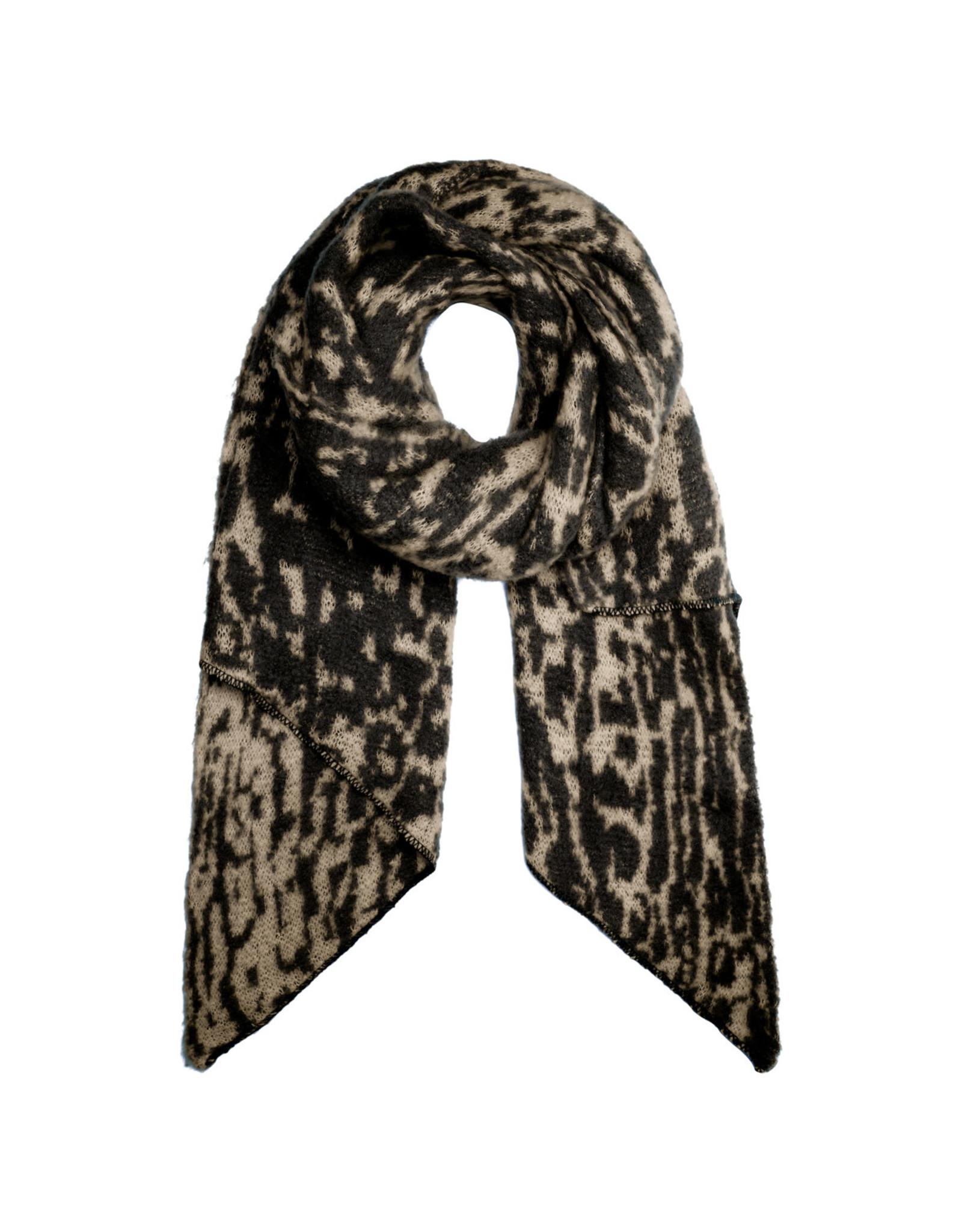 Sjaal schuin leopard