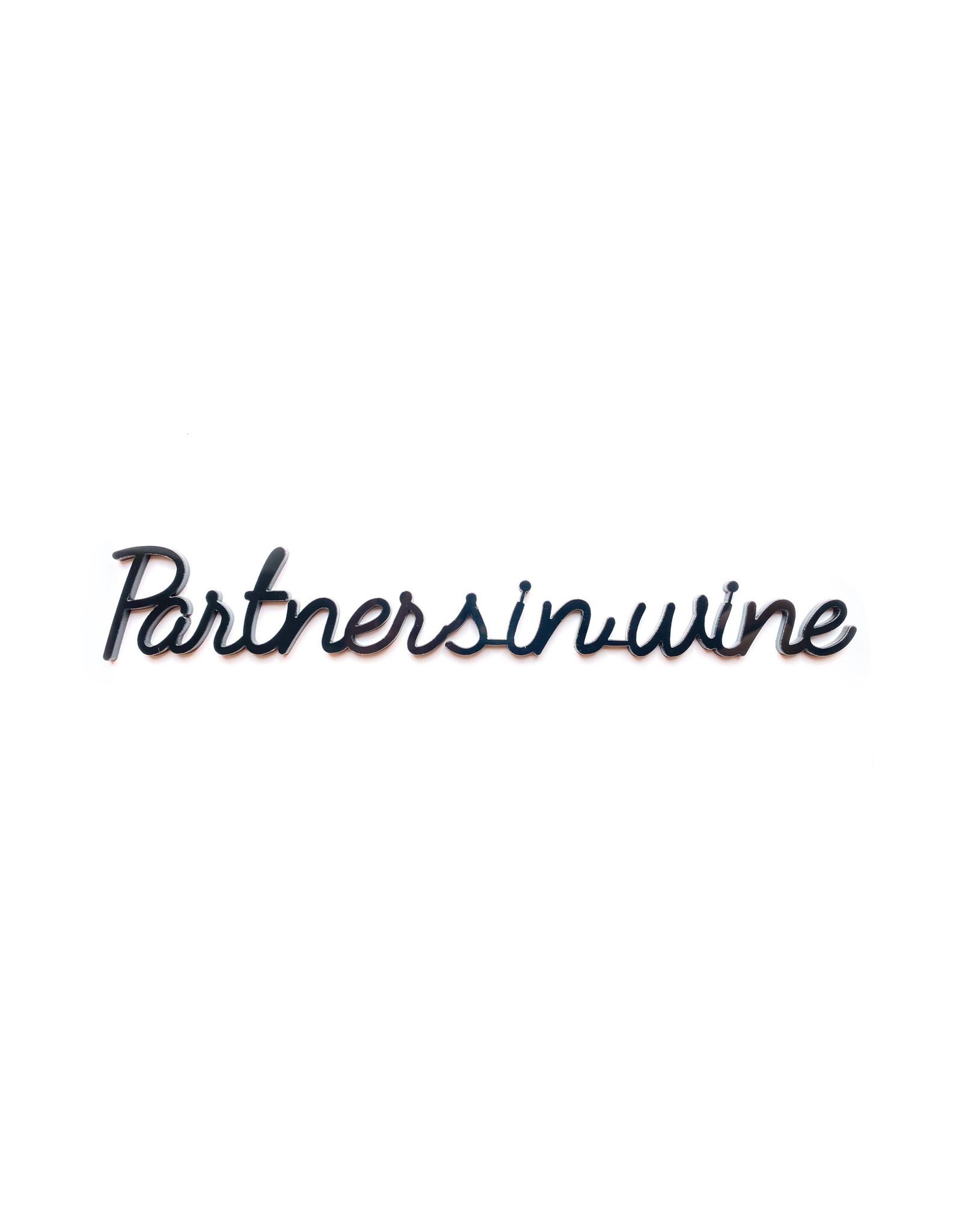 Quote Partners in wine zwart