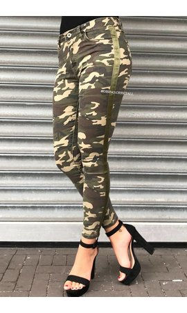 QUEEN HEARTS JEANS - GREEN - STRIPED ARMY JEANS