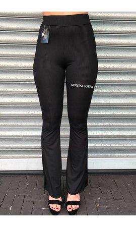BLACK - RIBBED FLARED PANTS