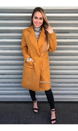 OCHER - 'KOURTNEY' - DOUBLE BUTTON TEDDY COAT