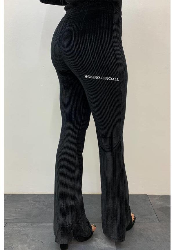 BLACK - 'FAY' - VELVET RIBBED FLARED PANTS