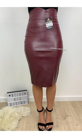 BURGUNDY - 'ASHLEY' - HIGH WAIST LEATHER LOOK PENCIL MIDI SKIRT