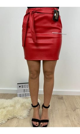 RED - 'JADE' - LEATHER LOOK SKIRT
