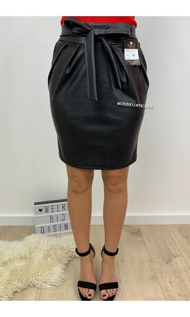 BLACK - 'LENA' - HIGH WAIST LEATHER LOOK SKIRT