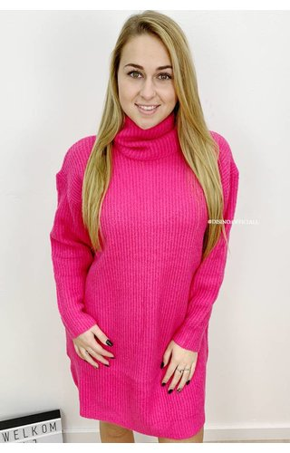 FUCHSIA - 'ESMEE 2.0' - LONG FIT SUPER QUALITY OVERSIZED KNITTED SWEATER