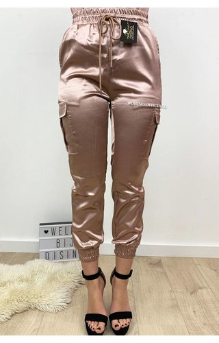DUSTY PINK - 'SARINA' - LUXE SATIN LOOK CARGO PANTS