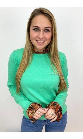 Laetitia MEM 'OCTAVIA' - SOFT TOUCH ORANGE ROEZEL SWEATER
