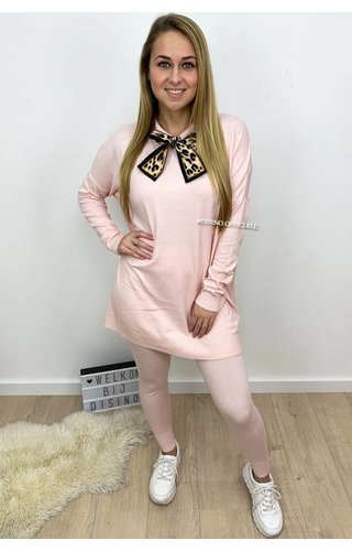 SOFT PINK - 'SHELLEY' - LEO KNOT FASHIONABLE SOFT COMFY SUIT