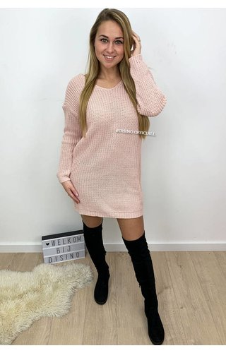 PINK - 'TANIA' - CABLE KNIT OPEN BACK KNOT DRESS