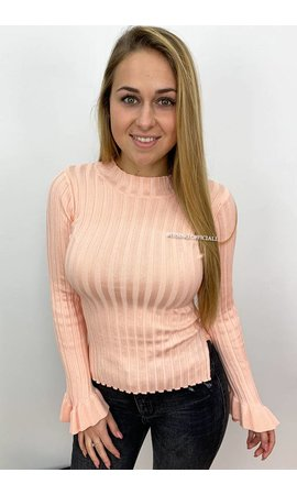 PEACH - 'MADDY' - RIBBED BELL SLEEVE TOP