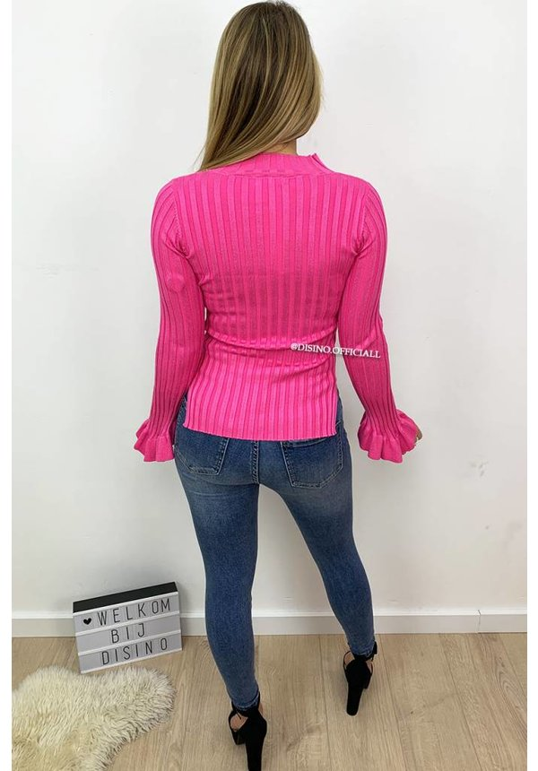 FUCHSIA - 'MADDY' - RIBBED BELL SLEEVE TOP