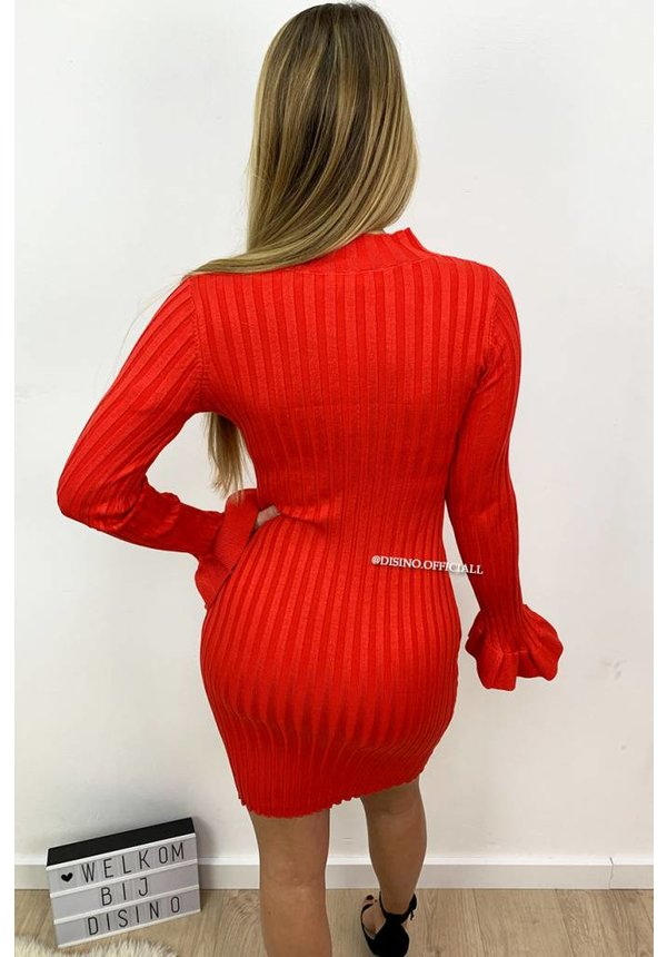RED - 'MADDY DRESS' - RIBBED BELL SLEEVE DRESS