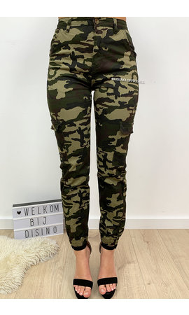 ARMY - 'BROOKE' - CAMO CARGO PANTS
