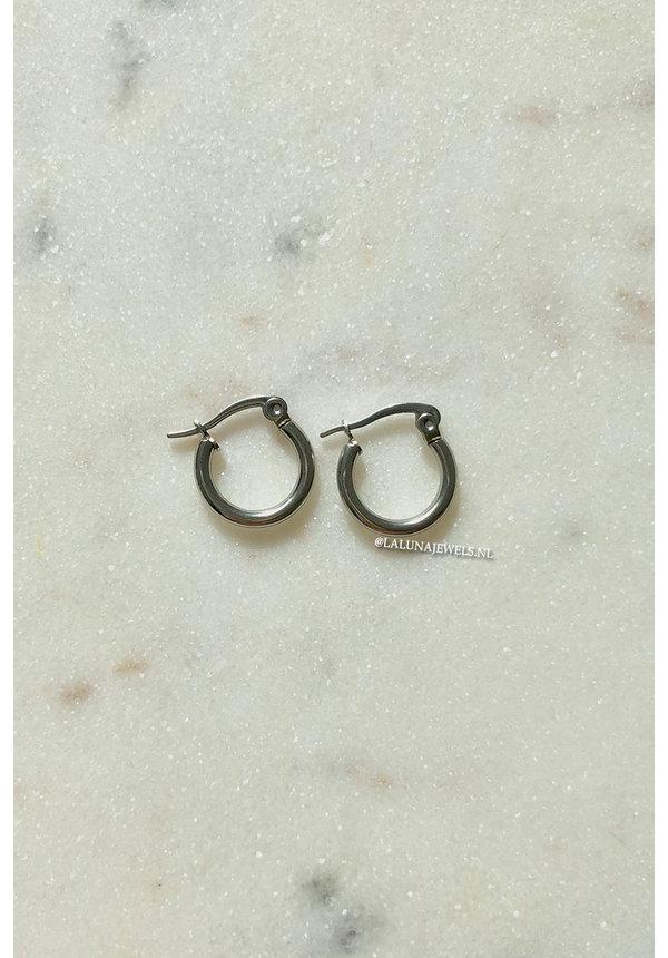 SILVER - SMALL CIRCLE EARRINGS