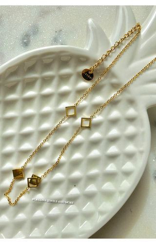 GOLD - LITTLE TRIANGLE NECKLACE