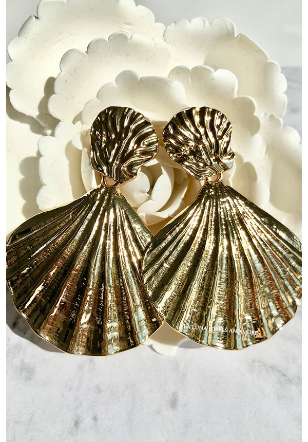 GOLD - MERMAID SHELL EARRINGS