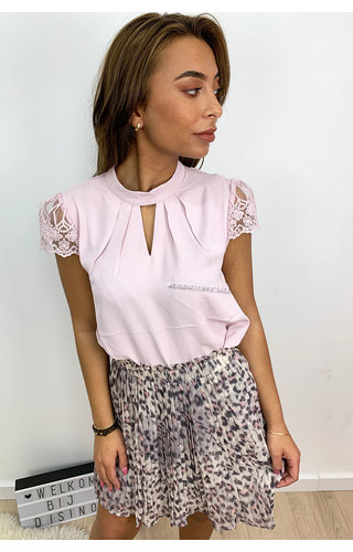 DUSTY PINK - 'MADELYN' - CLASSY LACE SHOULDER TOP