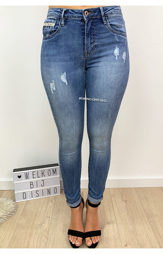 e19dfd61beaef1 QUEEN HEARTS JEANS - MEDIUM BLUE - PERFECT SKINNY ROLL UP - 9310