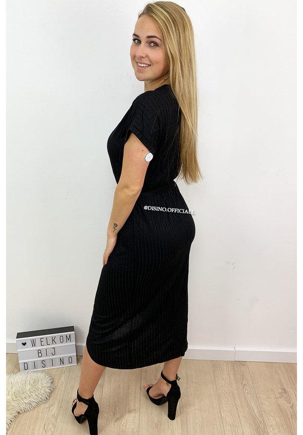 BLACK - 'ALISHA' - RIBBED SHORT SLEEVE WRAP ON WING DRESS