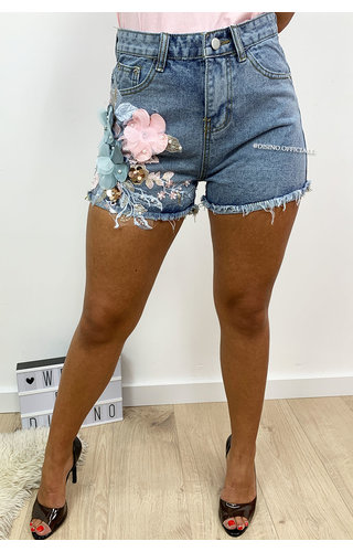 BLUE - 'BLUE ROSA' - DENIM FLORAL 3D SHORT