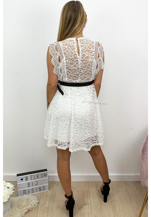 WHITE - 'MARILYN' - CUTE LACE A-LINE DRESS