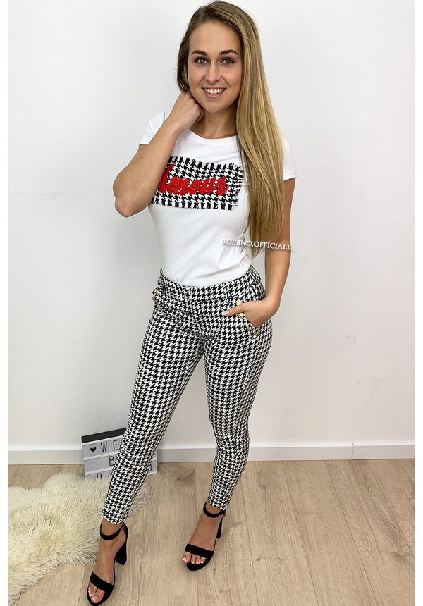 WHITE - AMOUR CHECKERED BOXED - TEE