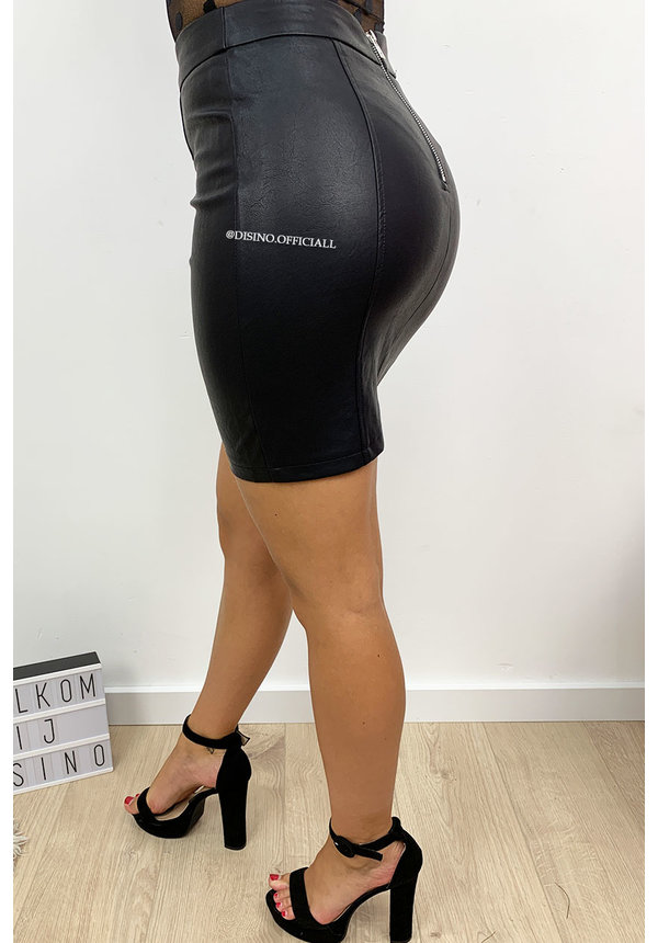 BLACK - 'DILA' - PREMIUM QUALITY LEATHER LOOK MINI SKIRT