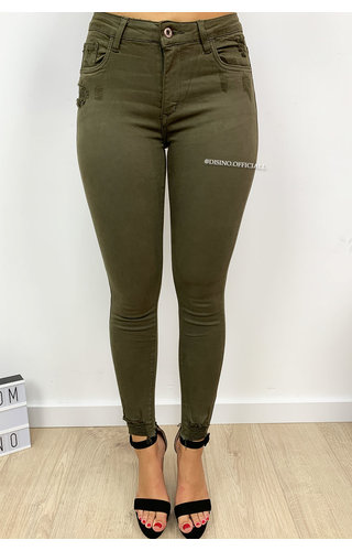 QUEEN HEARTS JEANS - OLIVE GREEN - SKINNY CROP RIPPED ANKLE - 9050