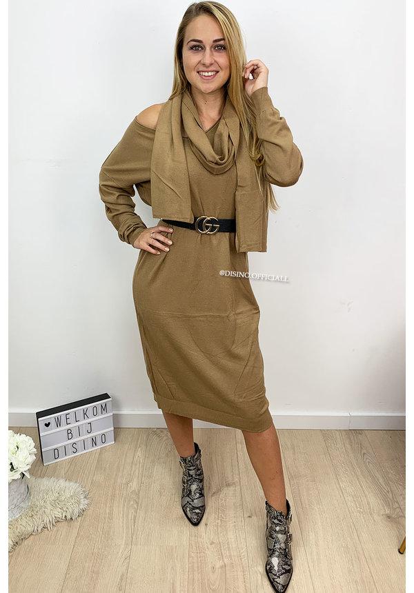CAMEL - 'ELLI' - SCARF OVERSIZED COMFY SWEATER DRESS