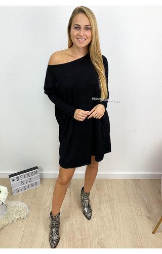 BLACK - 'JACKY' - OVERSIZED COMFY SWEATER DRESS