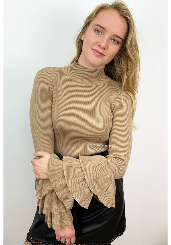 TAUPE - 'TRUMPET' - TRUMPET SLEEVE RIBBED TOP