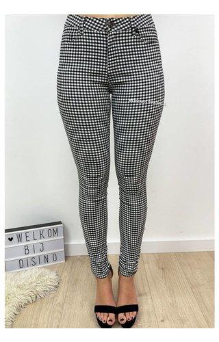 BLACK - 'LEONE' - CHECKERED SUPER STRETCH TREGGING PANTS