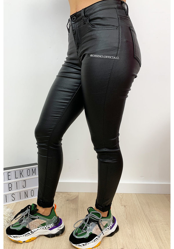 QUEEN HEARTS JEANS - COATED BLACK - PERFECT SKINNY ROLL UP - 9310