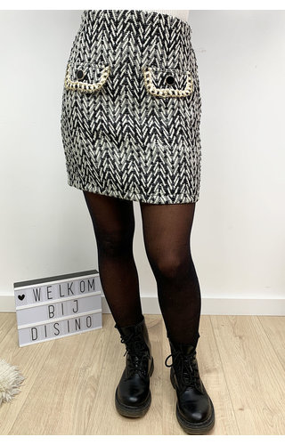 BLACK - 'PEGGY' - TWEED ZIGZAG SKIRT