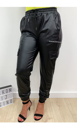 BLACK - 'CARGO KIKI' - VEGAN LEATHER CARGO PANTS
