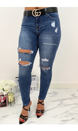 QUEEN HEARTS JEANS - BLUE - SUPER SKINNY RIPPED ROLL UP - 693