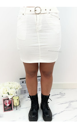 WHITE - 'NAYA' - SUPER STRETCH DENIM SKIRT