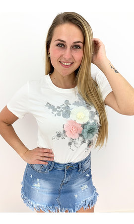 WHITE - 'SUZY V2' - FLORAL 3D TEE