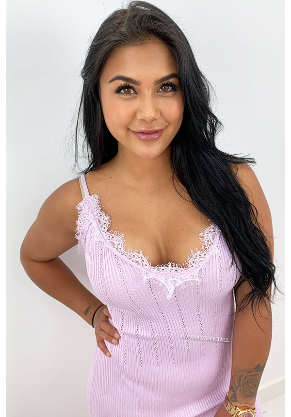 LILA - 'MANDY' - RIBBED BODYCON DRESS WITH SEXY LACE