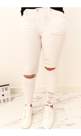 QUEEN HEARTS JEANS - WHITE - RIPPED SKINNY CROP RIPS DETAIL - 9205
