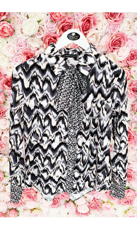 BLACK - 'ZIGGY' - PREMIUM QUALITY ZIGZAG BLOUSE