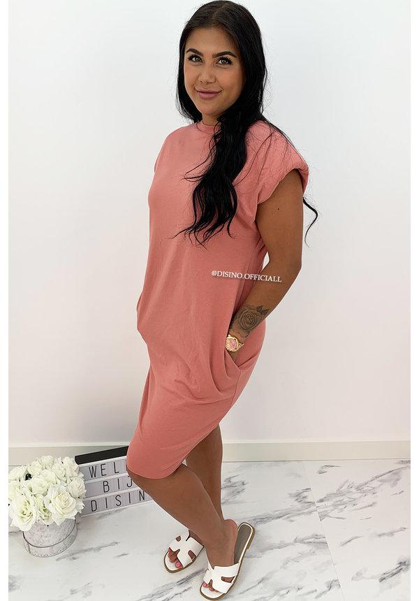 ROSE - 'JAMES DEAN DRESS' - OVERSIZED BOYFRIEND DRESS