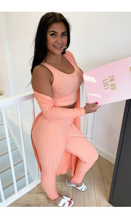 PEACH - 'OMARI 3 PIECE' - RIBBED COMFY 3 PIECE SET