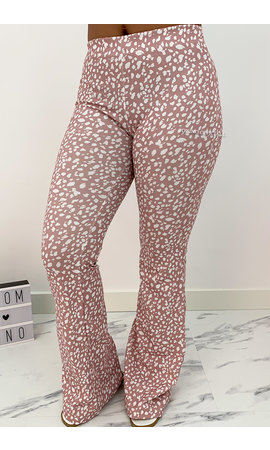 SOFT PINK - 'LEO LOVEY' - LEO DOTTED FLARED PANTS