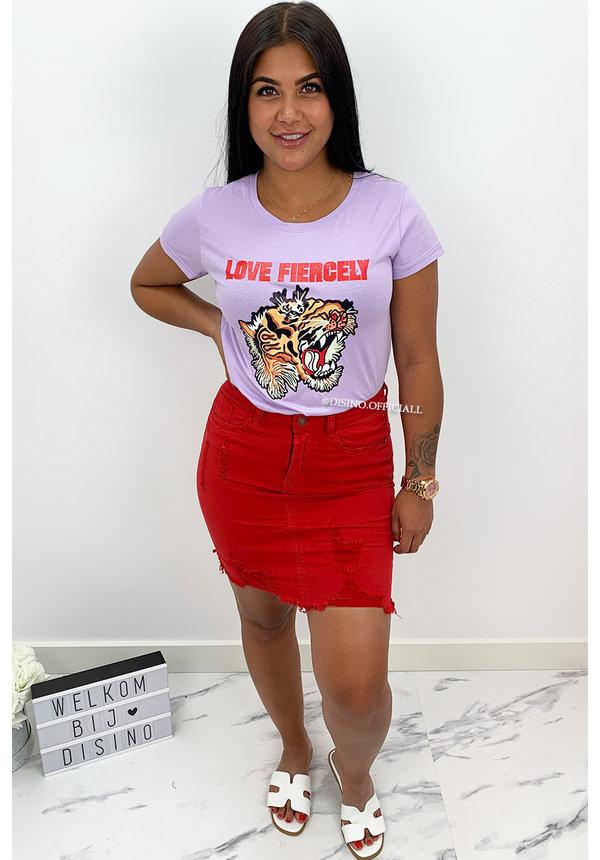LILA - 'LOVE FIERCELY' - LION HEAD TEE
