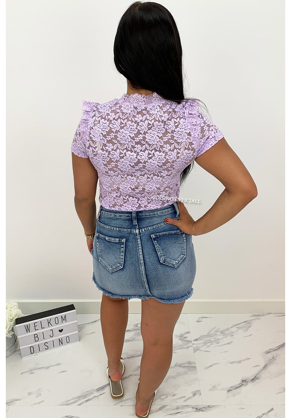 LILA - 'MAIKE' - ALL OVER LACE SHORT SLEEVE TOP