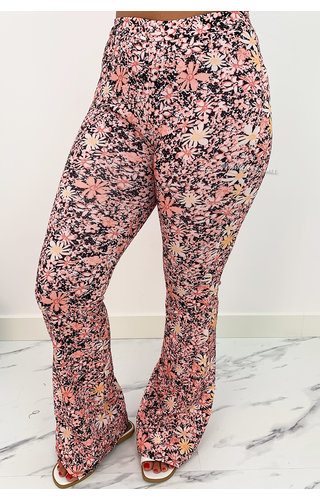 PINK - 'MARIE' - ALL OVER FLORAL FLARED PANTS